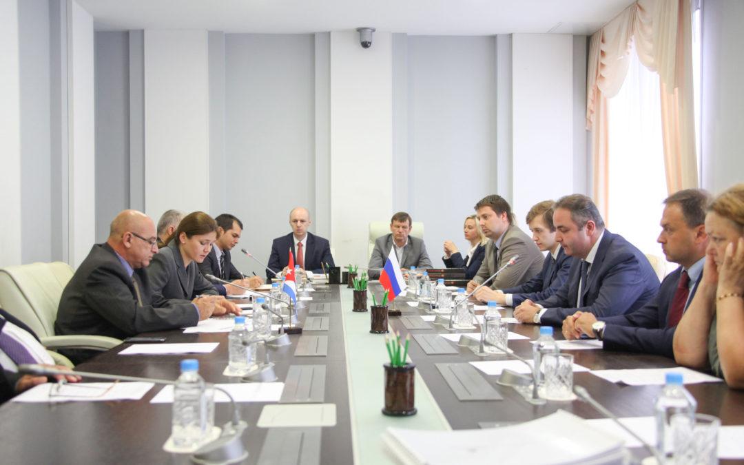 Россия и Куба развивают сотрудничество в сфере производства строительных материалов