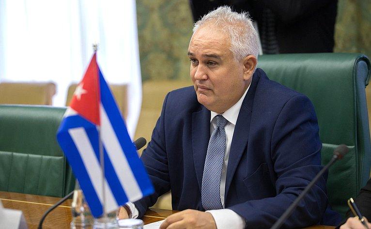 Чрезвычайный и Полномочный Посол Республики Куба в Российской Федерации Эмилио Лосада Гарсия