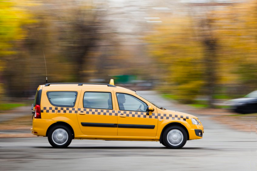 Lada Largus Такси